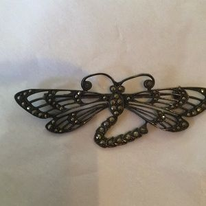 Jewelry - Dragonfly brooch